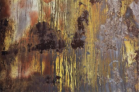 paint dripping abstract pattern - A wall with paint drips and marks and rust stains on metal. Stock Photo - Premium Royalty-Free, Code: 6118-08399652