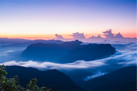 dreamy - View of mountains from the 2443m summit of Adams Peak (Sri Pada) at sunrise, Central Highlands, Sri Lanka, Asia Stock Photo - Premium Royalty-Free, Code: 6119-07451189