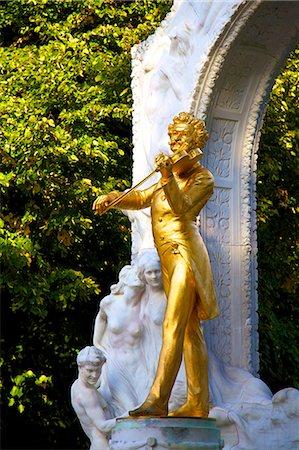 Statue of Johann Strauss, Stadtpark, Vienna, Austria, Central Europe Stock Photo - Premium Royalty-Free, Code: 6119-07451444