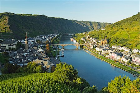 View of Cochem and Moselle River (Mosel), Rhineland-Palatinate, Germany, Europe Stock Photo - Premium Royalty-Free, Code: 6119-07541529