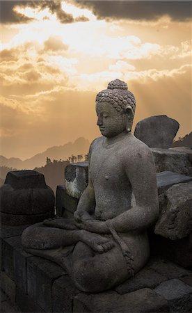 Borobudur Buddhist Temple, UNESCO World Heritage Site, Java, Indonesia, Southeast Asia, Asia Stock Photo - Premium Royalty-Free, Code: 6119-07651999