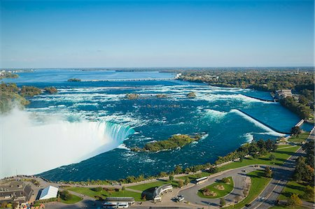 View of Horseshoe Falls, Niagara Falls, Niagara, border of New York State, and Ontario, Canada, North America Stock Photo - Premium Royalty-Free, Code: 6119-07943552