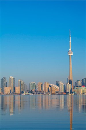 View of CN Tower and city skyline, Toronto, Ontario, Canada, North America Stock Photo - Premium Royalty-Free, Code: 6119-07943562