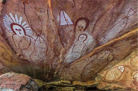 prehistoric - Aboriginal Wandjina cave artwork in sandstone caves at Raft Point, Kimberley, Western Australia, Australia, Pacific Stock Photo - Premium Royalty-Free, Code: 6119-07943680