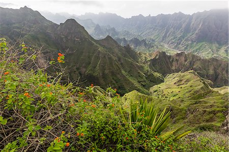 A view of the volcanic mountains surrounding Cova de Paul on Santo Antao Island, Cape Verde, Africa Stock Photo - Premium Royalty-Free, Code: 6119-07943779