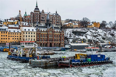 stockholm - Frozen waterway in the old quarter of Stockholm, Sweden Stock Photo - Premium Royalty-Free, Code: 6119-07968961