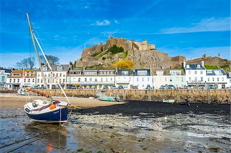 The town of Mont Orgueil and its castle, Jersey, Channel Islands, United Kingdom, Europe Stock Photo - Premium Royalty-Free, Code: 6119-08170210