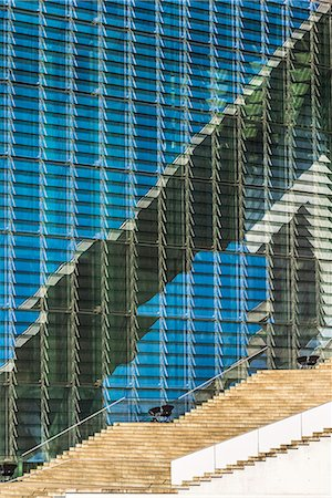 detail - Glass facade of the Marie-Elisabeth-Lueders-Building, Government district, Berlin, Brandenburg, Germany, Europe Stock Photo - Premium Royalty-Free, Code: 6119-08420391