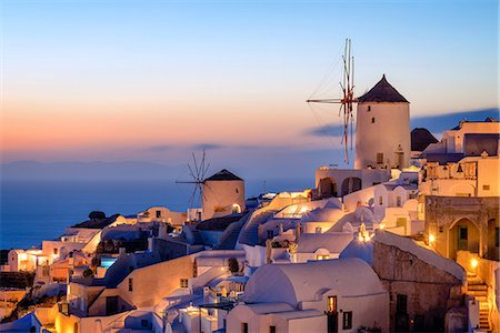 Windmill and traditional houses, Oia, Santorini (Thira), Cyclades Islands, Greek Islands, Greece, Europe Stock Photo - Premium Royalty-Free, Code: 6119-08658061