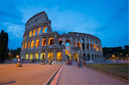 The Colosseum, UNESCO World Heritage Site, Rome, Lazio, Italy, Europe Stock Photo - Premium Royalty-Free, Code: 6119-08658087