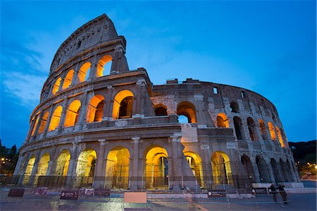 The Colosseum, UNESCO World Heritage Site, Rome, Lazio, Italy, Europe Stock Photo - Premium Royalty-Free, Code: 6119-08658088