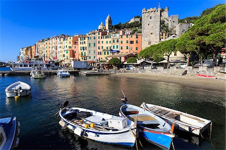 Portovenere (Porto Venere), UNESCO World Heritage Site, colourful harbourfront houses, boats and castle, Ligurian Riviera, Liguria, Italy, Europe Stock Photo - Premium Royalty-Free, Code: 6119-08797156