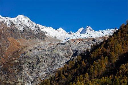 france - Le Tour glacier, autumn, Chamonix, Haute Savoie, Rhone Alpes, French Alps, France, Europe Stock Photo - Premium Royalty-Free, Code: 6119-08841204