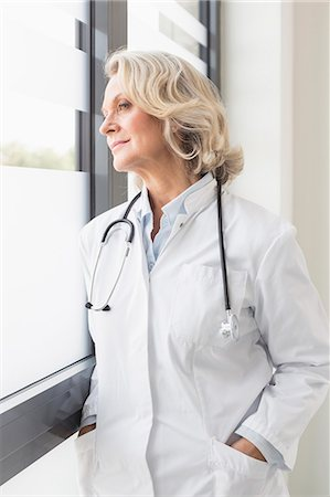 Portrait of senior doctor Stock Photo - Premium Royalty-Free, Code: 6121-07740470