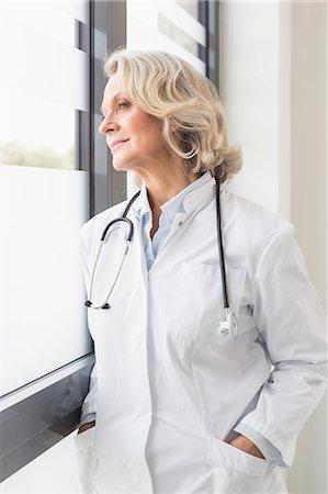 Portrait of senior doctor Stock Photo - Premium Royalty-Free, Code: 6121-07740470
