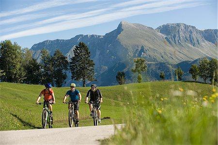 three mountain bikers on the way, Matajur, Istria, Slovenia Stock Photo - Premium Royalty-Free, Code: 6121-07741752