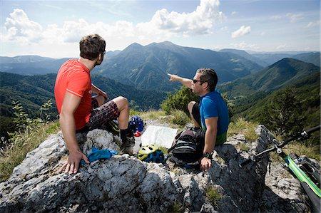 two mountain biker having a rest, Slatnik, Istria, Slovenia Stock Photo - Premium Royalty-Free, Code: 6121-07741763