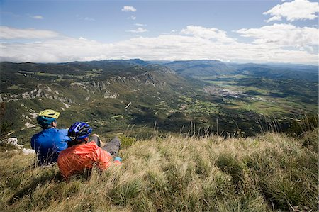 two mountain bikers looking at view, Vipava valley, Istria, Slovenia Stock Photo - Premium Royalty-Free, Code: 6121-07741768