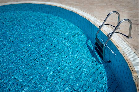 refraction - Sunlight reflected in swimming pool, Puglia, Italy Stock Photo - Premium Royalty-Free, Code: 6121-08228692