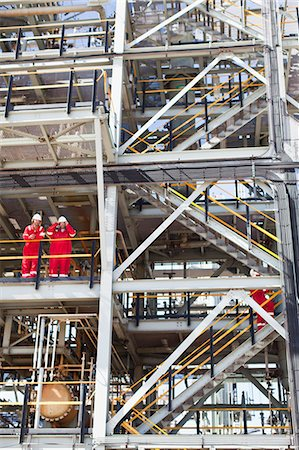 platform - Workers talking at oil refinery Stock Photo - Premium Royalty-Free, Code: 6122-07706272