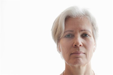 short hair - Close up of older womans face Stock Photo - Premium Royalty-Free, Code: 6122-07707116