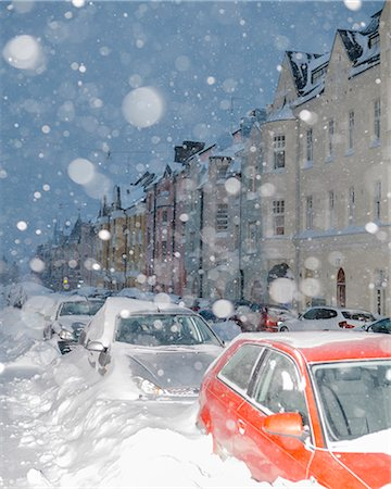 Helsinki, Finland, Ullanlinna district in snowfall Stock Photo - Premium Royalty-Free, Code: 6126-08659501