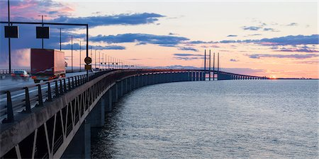 Sweden, Skane, Malmo, Oresund Bridge at  sunset Stock Photo - Premium Royalty-Free, Code: 6126-08635766