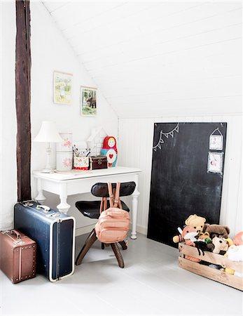 designs - Sweden, Empty girl's room Stock Photo - Premium Royalty-Free, Code: 6126-08781200