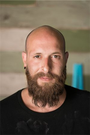 skinhead - Israel, Portrait of bearded man with shaved head Stock Photo - Premium Royalty-Free, Code: 6126-08781359