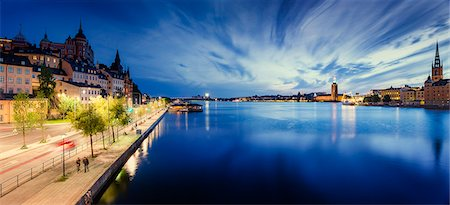 stockholm - Sweden, Stockholm, Sodermalm, Sodermalarstrand, Waterfront district at night Stock Photo - Premium Royalty-Free, Code: 6126-08781492