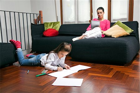 drawing computer - mum with digital tablet, child drawing Stock Photo - Premium Royalty-Free, Code: 613-07458834