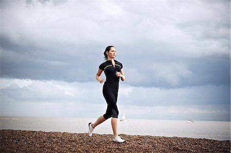 female runner Stock Photo - Premium Royalty-Free, Code: 613-07492512