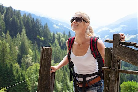 woman hiking in the Austrian Alps Stock Photo - Premium Royalty-Free, Code: 613-07593372