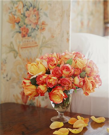 rose patterns - Vase of yellow roses on a table. Stock Photo - Premium Royalty-Free, Code: 613-07673775