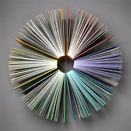 Various coloured books in a radial formation. Stock Photo - Premium Royalty-Free, Code: 613-07780812