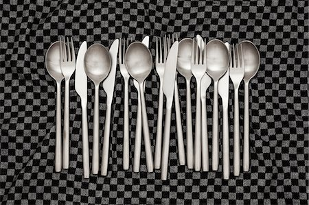 fork - Knives, forks and spoons on dishcloth Stock Photo - Premium Royalty-Free, Code: 613-08056946