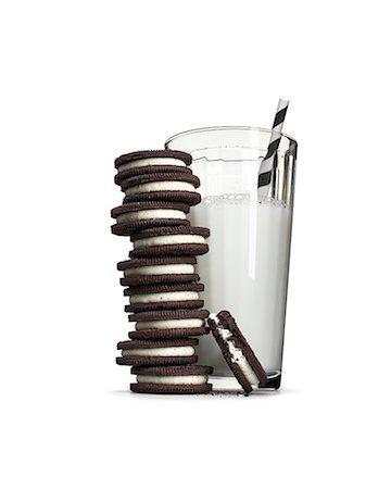 Cookies and milk Stock Photo - Premium Royalty-Free, Code: 613-08057106