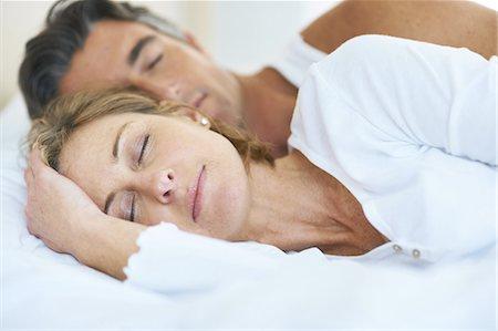 Sleeping in late Stock Photo - Premium Royalty-Free, Code: 613-08057618