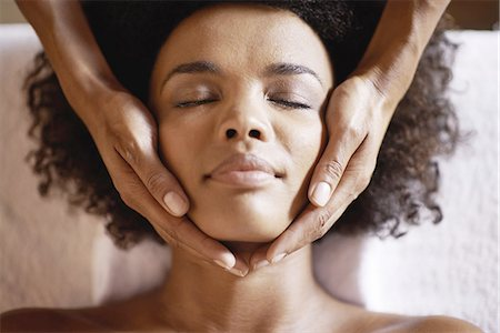 Heavenly head massages Stock Photo - Premium Royalty-Free, Code: 613-08527072