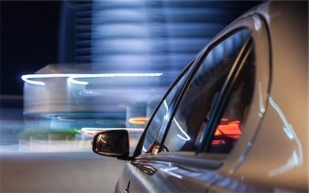 on board a driving car - car's side in foreground Stock Photo - Premium Royalty-Free, Code: 613-08746059