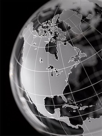 Globe with North America and Central America prominent Stock Photo - Premium Royalty-Free, Code: 613-01392598
