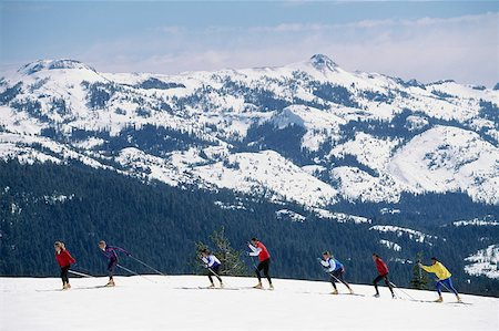 USA, California, Sierra Nevada, group of cross-country skiers Stock Photo - Premium Royalty-Free, Code: 613-01472990