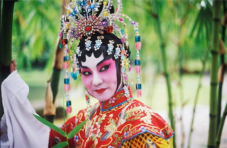 singapore traditional costume lady - Side profile of a female Chinese opera performer, Singapore Stock Photo - Premium Royalty-Free, Code: 625-01094655