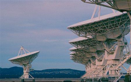 radio telescope - Radio telescopes, New Mexico Stock Photo - Premium Royalty-Free, Code: 625-01251990