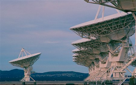 radio telescope - Radio telescopes, New Mexico Stock Photo - Premium Royalty-Free, Code: 625-01251990