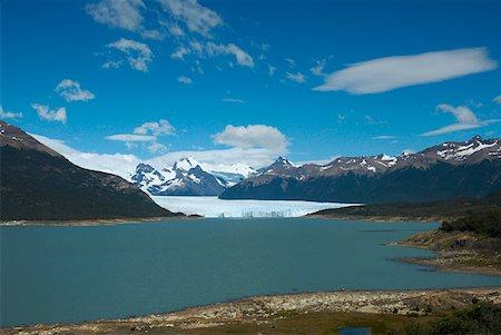 perito moreno glacier - Lake passing through a mountain range, Moreno Glacier, Argentine Glaciers National Park, Lake Argentino, El Calafate, Patagonia Stock Photo - Premium Royalty-Free, Code: 625-01751590