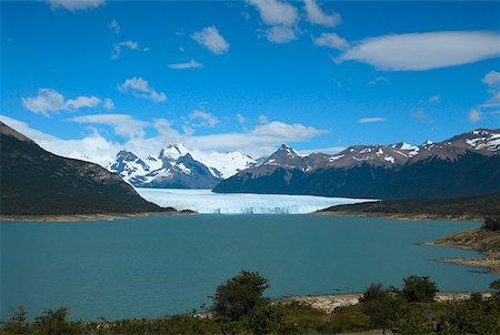 perito moreno glacier - Lake passing through a mountain range, Moreno Glacier, Argentine Glaciers National Park, Lake Argentino, El Calafate, Patagonia Stock Photo - Premium Royalty-Free, Code: 625-01751614