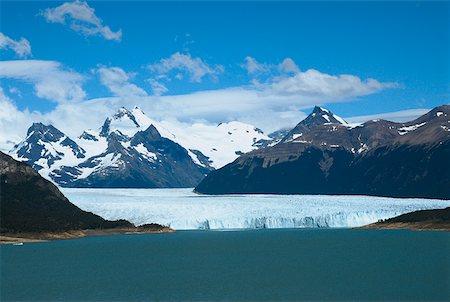 perito moreno glacier - Lake passing through a mountain range, Moreno Glacier, Argentine Glaciers National Park, Lake Argentino, El Calafate, Patagonia Stock Photo - Premium Royalty-Free, Code: 625-01751719