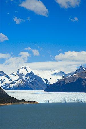 perito moreno glacier - Lake passing through a mountain range, Moreno Glacier, Argentine Glaciers National Park, Lake Argentino, El Calafate, Patagonia Stock Photo - Premium Royalty-Free, Code: 625-01751746