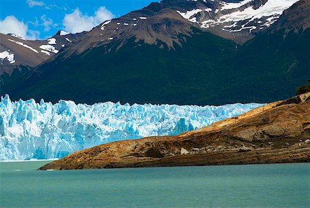 perito moreno glacier - Glaciers in front of mountains, Moreno Glacier, Argentine Glaciers National Park, Lake Argentino, El Calafate, Patagonia Stock Photo - Premium Royalty-Free, Code: 625-01751742